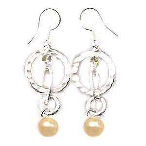 天然珍珠耳環 - 粉紅珍珠與銀色圈圈耳環