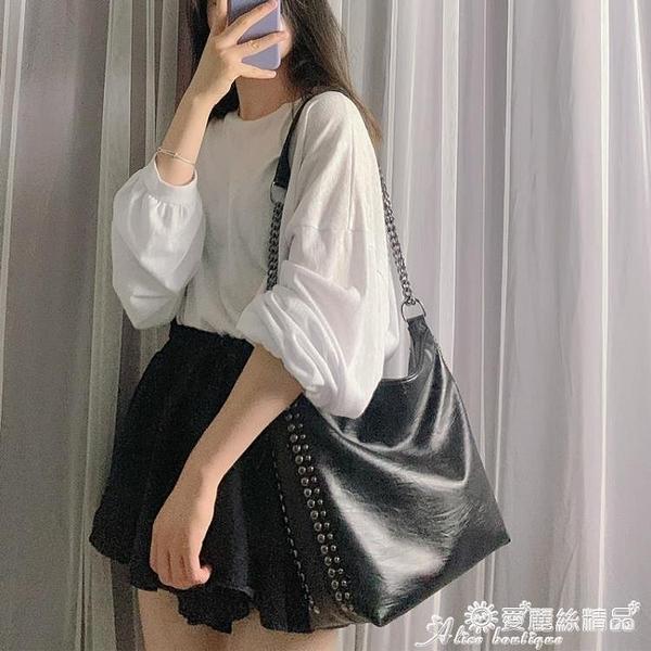 柳釘包 側背包女大包包2020新款潮韓版百搭斜背包鉚釘錬條包大容量水桶包 愛麗絲