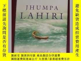 二手書博民逛書店德語原版罕見Unaccustomed Earth by Jhum