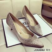 款綢緞精致水晶水鉆尖頭淺口細跟中跟單鞋
