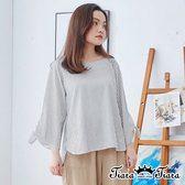 【Tiara Tiara】百貨同步ss   U領直條紋蝴蝶袖上衣(白/淺藍/卡其)