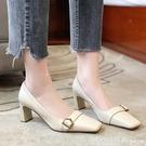 中跟鞋 2021春季新款方頭氣質淺口高跟鞋女百搭法式復古粗跟單鞋通勤女鞋 俏girl