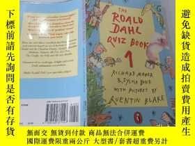 二手書博民逛書店The罕見roald dahl quiz book 1:羅爾德達爾測驗書1Y200392