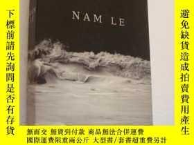 二手書博民逛書店The罕見boat 英文原版Y85718 NAM LE PENG