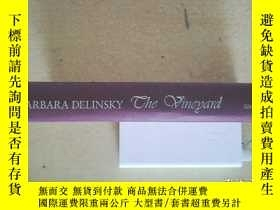 二手書博民逛書店The罕見vineyard:a novelY146830 Del