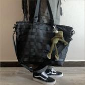 尼龍包 日系潮牌簡約單肩包機能風男女斜挎包尼龍布大容量手提包托特包 快速出貨