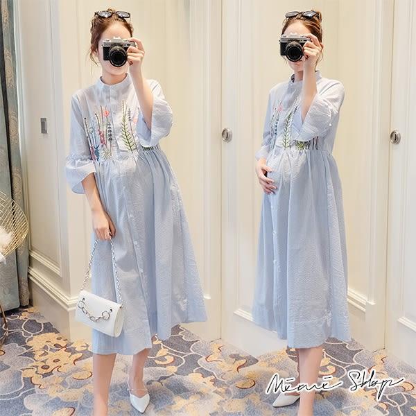 孕婦裝 MIMI別走【P52820】浪漫藍海 雅緻繡花孕婦洋裝 長裙 開扣哺乳裙
