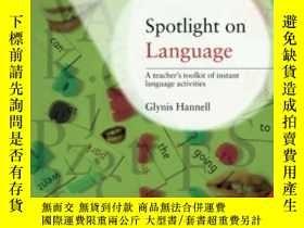 二手書博民逛書店Spotlight罕見On Language: A Teache