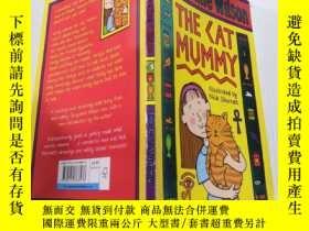 二手書博民逛書店The罕見Cat Mummy貓媽媽Y212829