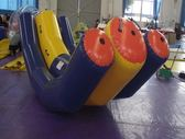 充氣水上單人蹺蹺板玩具海上樂園設備  gio