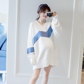 孕婦裝 孕婦裝秋裝時尚中大尺碼毛衣好康推薦新款寬鬆中長款V領孕婦針織衫上衣