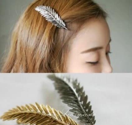 [協貿國際]  大號韓版樹葉羽毛髮夾樹葉彈簧髮夾 (3個價)