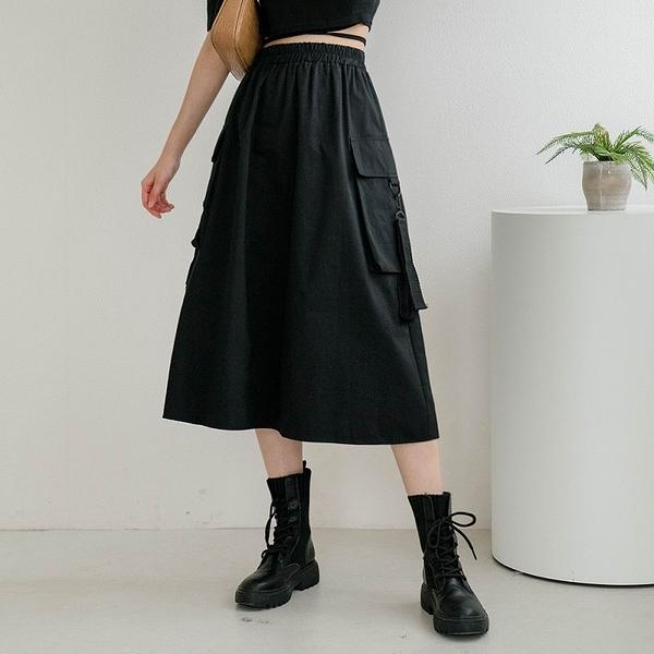 MIUSTAR 個性風!掀蓋大口袋扣帶中長裙(共1色)【NJ1066】預購