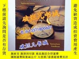 二手書博民逛書店英文原版書罕見Economics(Eighteenth Edit
