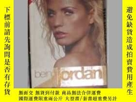 二手書博民逛書店英文原版罕見Being Jordan by Katie Pric