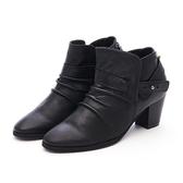 MICHELLE PARK 極致優雅小羊皮抓皺百搭皮帶粗跟靴-黑色