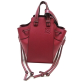 LOEWE 羅威 莓紅色牛皮肩背包 吊床包 MINI Hammock Bag 【BRAND OFF】