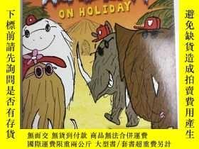 二手書博民逛書店英文原版罕見Mammoth Academy On Holiday 猛禽學院度假 庫存兒童英語學習閱讀故事Y25