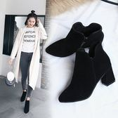 秋冬季絨面百搭粗跟馬丁靴側拉鏈尖頭短靴女高跟鞋子 糖果時尚