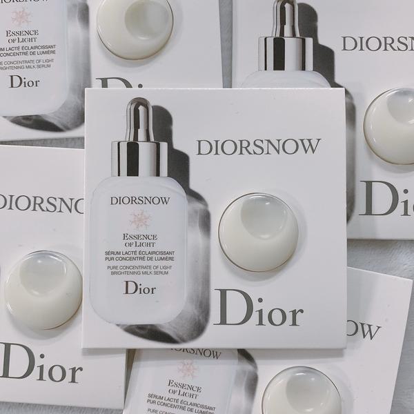 Dior迪奧  雪晶靈透亮光采精華乳1.2ML(體驗包)【UR8D】