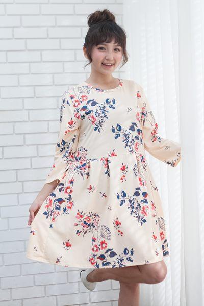 中大尺碼夏季新款七分袖連衣裙A字淑女裙顯瘦公主風