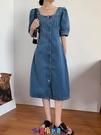 牛仔洋裝 短袖洋裝法式復古小眾牛仔連身裙女夏2021新款設計感方領收腰氣質輕熟長裙 寶貝計畫