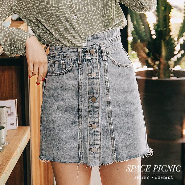 單寧 裙 Space Picnic|現+預.不對稱褲頭設計排釦單寧短裙【C19012072】
