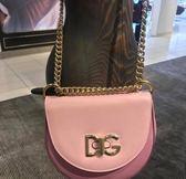 ■2018新品 ■專櫃65折 Dolce & Gabbana  全新真品 BB6433 WIFI 中款小牛皮鈴鼓金鍊包