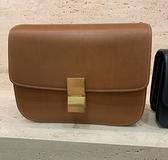■專櫃77折■全新真品■ Celine 中款天然小牛皮Classic Box 手袋 黃褐色