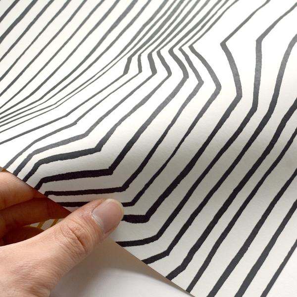 進口牆紙[marimekko] 70cm×10m/卷 幾何圖形 黑白條紋壁紙 Frekvenssi 23365