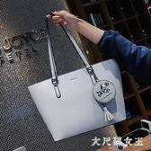 手提包 女包包新款秋單肩大包手提韓版時尚托特包大容量 df6806【大尺碼女王】