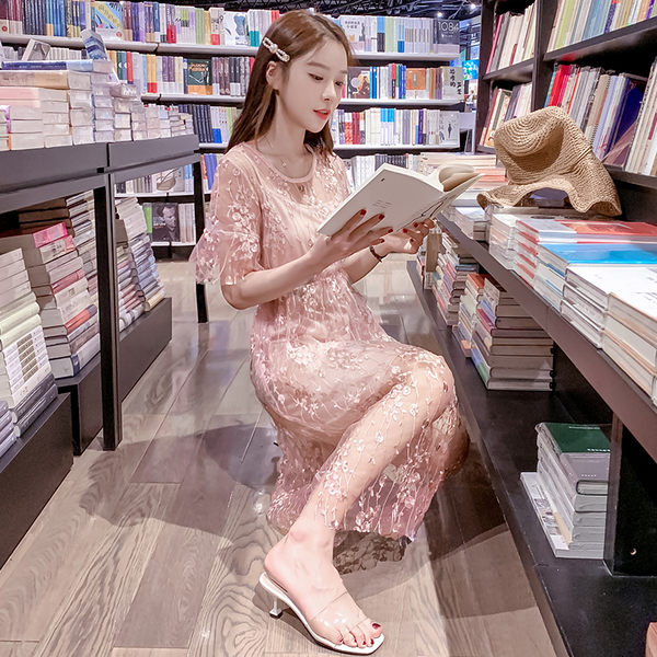 VK旗艦店 韓系喇叭袖圓領套頭刺繡網紗套裝短袖裙裝