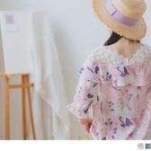 《AB11097-》雪紡柔美花卉印花荷葉邊設計拼接V領蕾絲短袖上衣 OB嚴選
