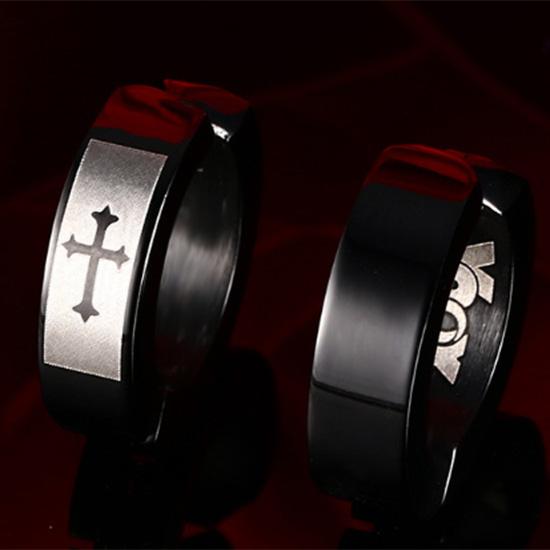 《QBOX 》FASHION 飾品【EEH-119】精緻個性簡約黑色十字架鈦鋼夾式耳環(無耳洞可戴)