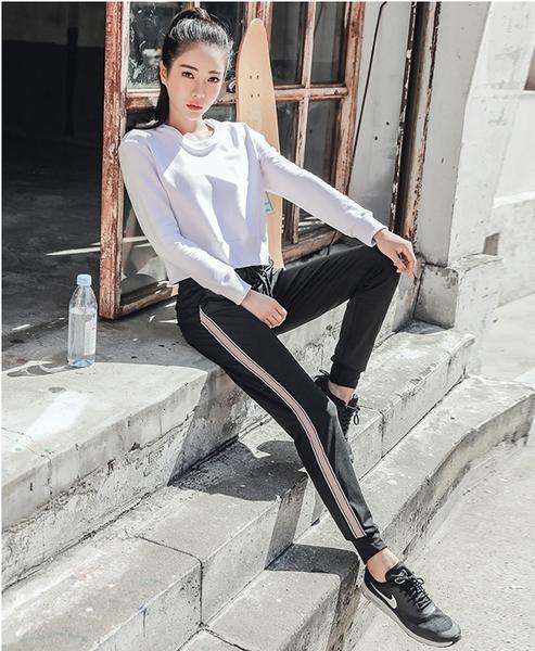 出清款-【BODYAIR】側鍊寬鬆顯瘦短版上衣(運動.健身.慢跑)