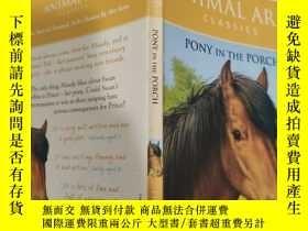 二手書博民逛書店pony罕見in the porch 門廊裏的小馬.., Y200392