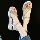 增高涼鞋女厚底2021新款ins潮鞋水鑚鬆糕底一字帶夏季坡跟仙女風 米娜小鋪