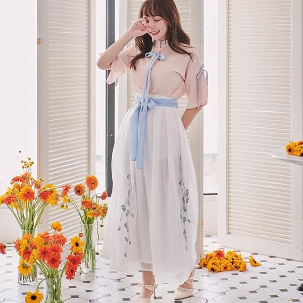 套裝 中國風刺繡綁帶套裝 上衣+長裙-Ruby s 露比午茶