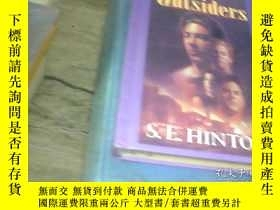 二手書博民逛書店THE罕見OUTSIDERSY246188 HE OUTSIDE