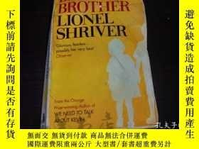 二手書博民逛書店原版英法德意等外文罕見BIG BROTHER LIONEL SH