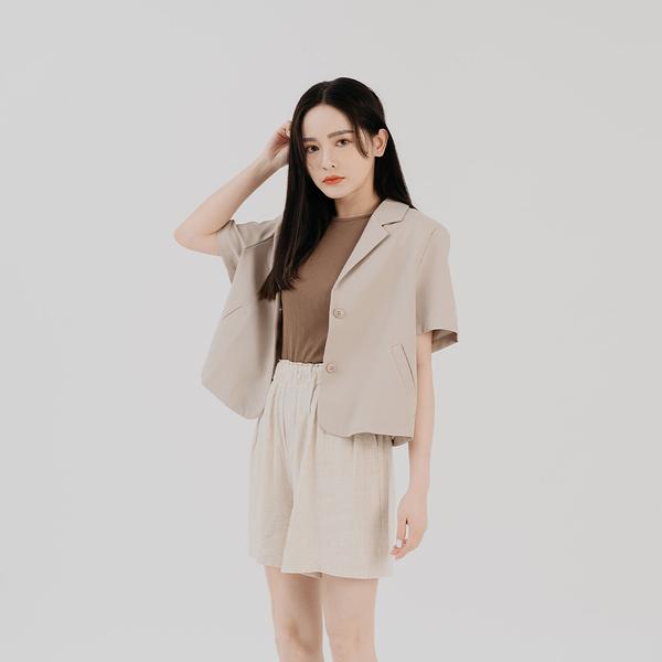 Queen Shop【04130135】基本素色鬆緊棉麻短褲 兩色售*現+預*