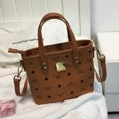 水桶包小包包新款潮韓版復古手提包時尚側背斜背包菜籃子女包 歐亞時尚