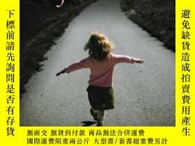二手書博民逛書店Gifted罕見Lives: What Happens When