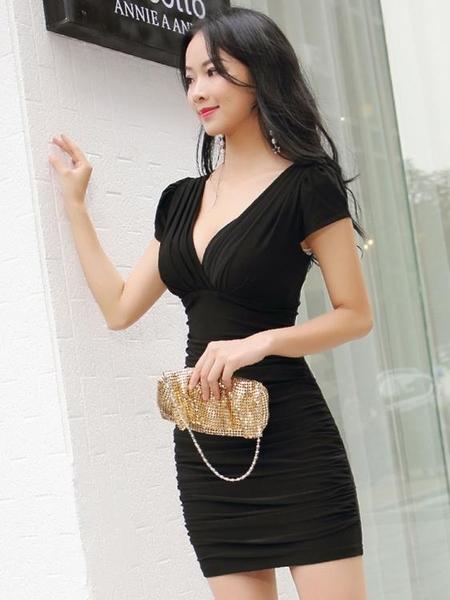 夜店洋裝 夜店女裝v領低胸性感連身裙短款夏收腰修身顯瘦漏胸短袖包臀裙 非凡小鋪