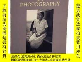 二手書博民逛書店Beauty罕見In PhotographyY307751 Robert Adams Aperture, 20