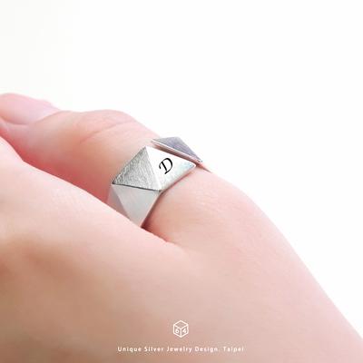 訂製  刻字戒 續未來(大) 三角形 925純銀戒指-64DESIGN