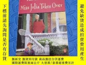 二手書博民逛書店Miss罕見Julia Takes OverY210872 An
