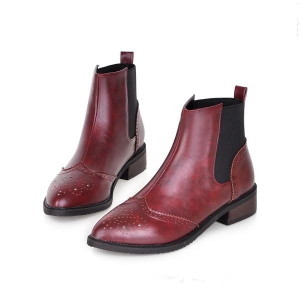 大尺碼女鞋34~43 英倫時尚百搭雕花尖頭切爾西靴 馬丁靴 低跟短靴~3色