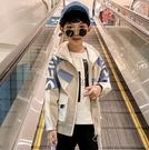 衣童趣(•‿•)韓版大男童 街頭風連帽外套 百搭大字母外套 帥氣工裝外套