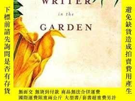二手書博民逛書店The罕見Writer In The GardenY255562 Garmey, Jane (edt) Alg